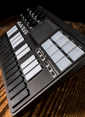 Korg NanoKEY Studio Mobile MIDI Keyboard