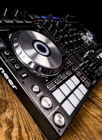 Pioneer DDJ-SX2 4-Channel Controller for Serato DJ