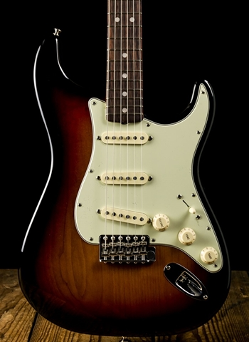 Fender American Original '60s Stratocaster - 3-Color Sunburst