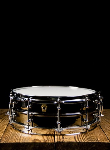 "Ludwig LB416KT - 6.5""x14""  Black Beauty Hammered Snare"