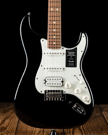 Fender Player Stratocaster HSS - Black