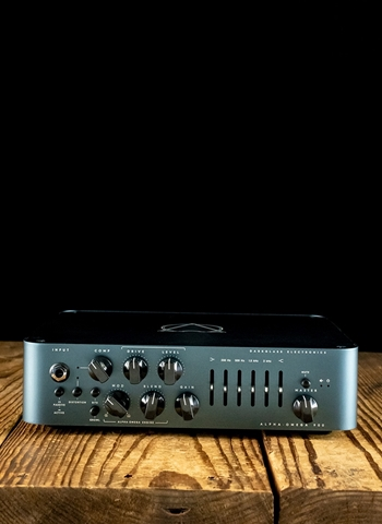 Darkglass Alpha Omega 900 Watt Bass Head