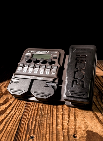 Zoom A1X FOUR Acoustic Multi-Effects w/Expression Pedal