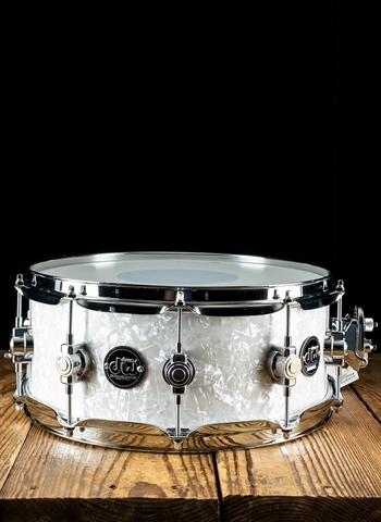 "Drum Workshop 5.5""x14"" Performance Series Snare Drum - White Marine Pearl"