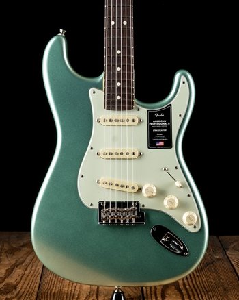 Fender American Professional II Stratocaster - Mystic Surf Green