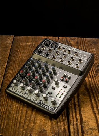 Behringer Xenyx 802 - 4-Channel Mixer